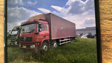 陕汽德龙L3000 载货车  245匹 2018年11月 6x2