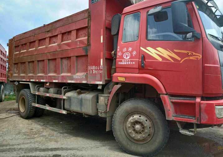 一汽解放奥威J5P 自卸车  260匹 2014年05月 4x2