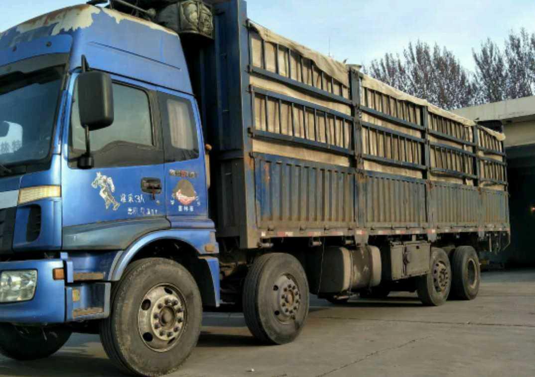 福田欧曼ETX 载货车  280匹 2011年04月 8x2