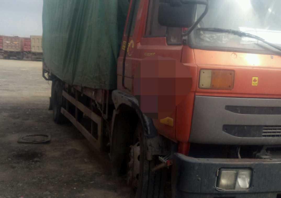 东风创普 载货车  170匹 2011年06月 4x2