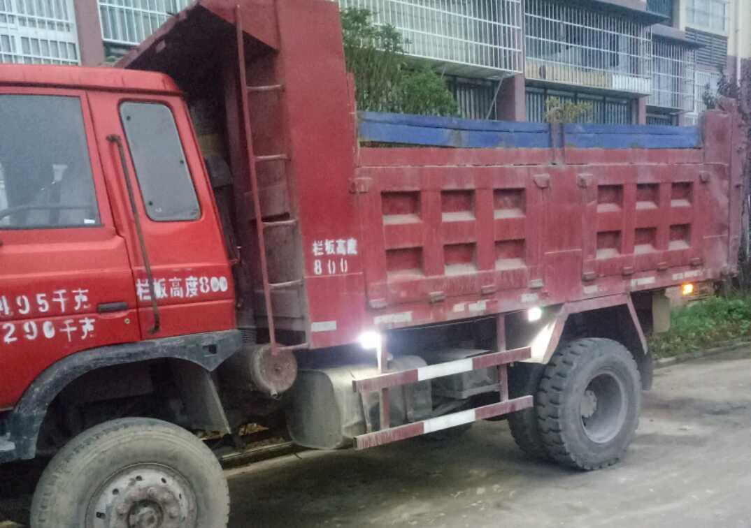东风创普 自卸车  140匹 2013年01月 4x2