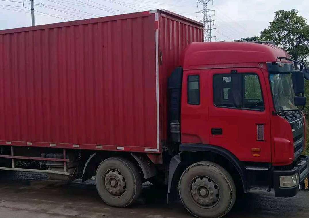 江淮格尔发K3X重卡 载货车  220匹 2011年10月 8x2