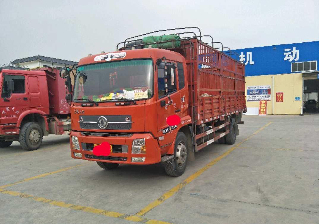 东风天锦 载货车  170匹 2013年04月 4x2