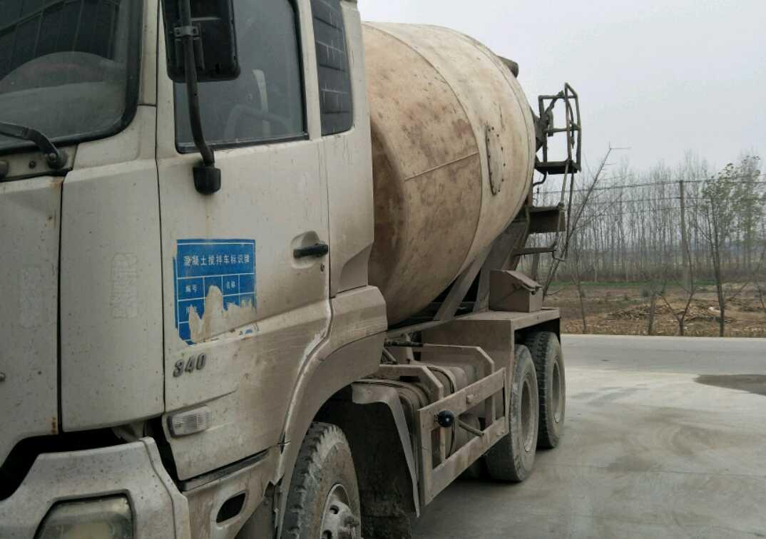 东风大力神 混凝土搅拌车  340匹 2010年01月 6x4