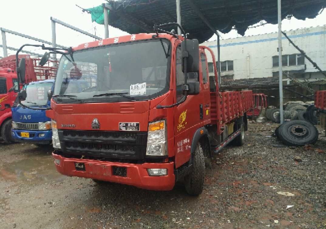 中国重汽HOWO 载货车  156匹 2016年05月 4x2