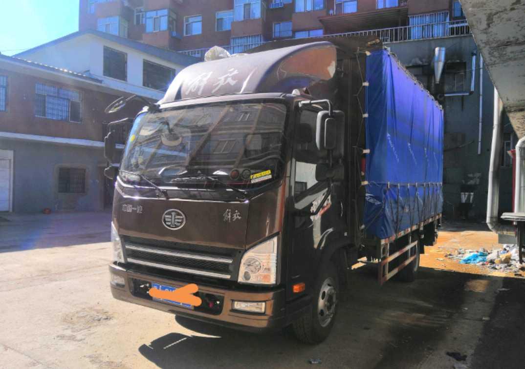 青岛解放其他车系 载货车  130匹 2018年11月 4x2