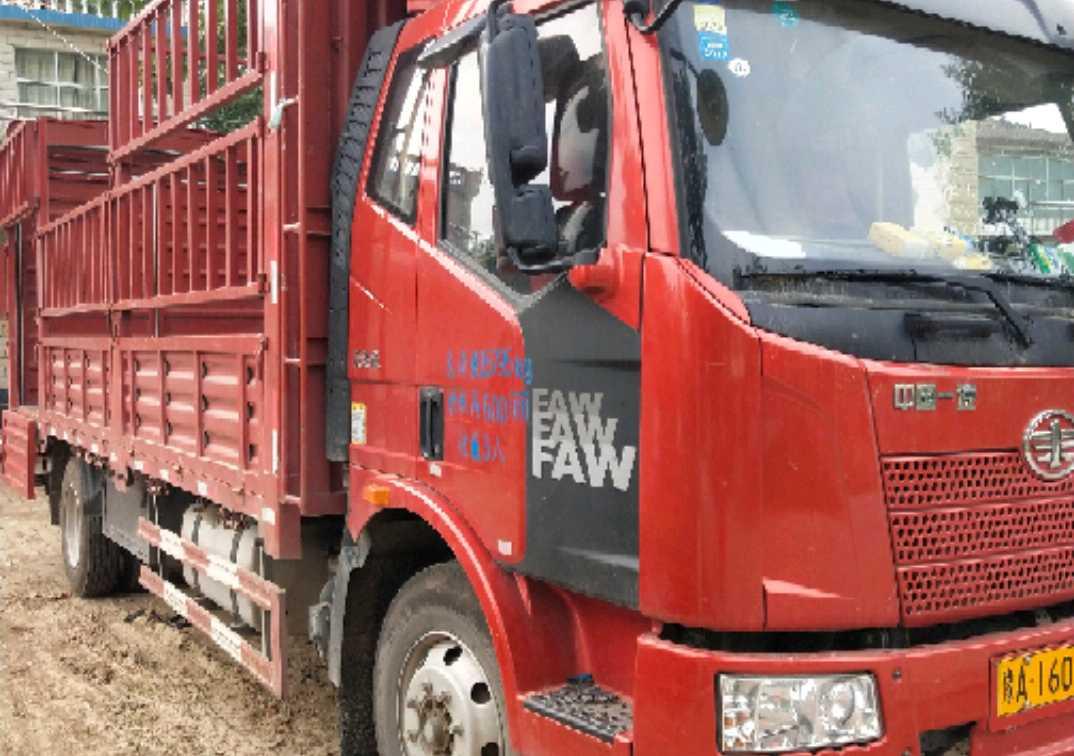 一汽解放J6L中卡 質惠版 載貨車  180匹 2018年06月 4x2