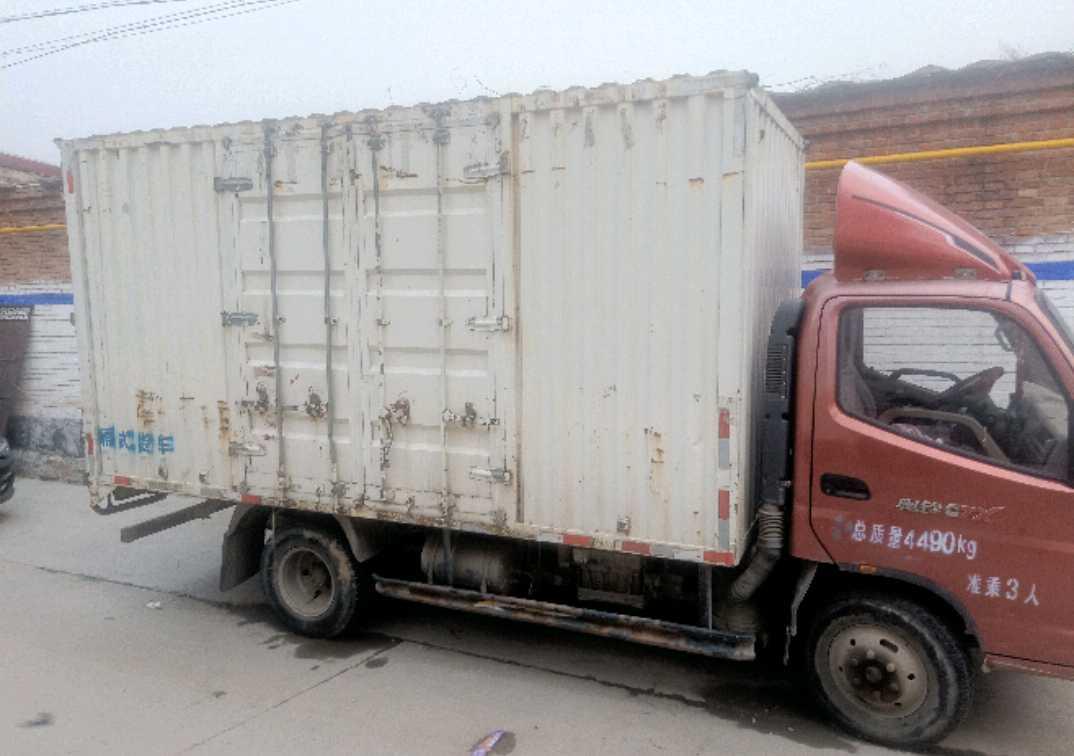 福田欧曼其他车系 载货车  130匹 2011年01月 4x2