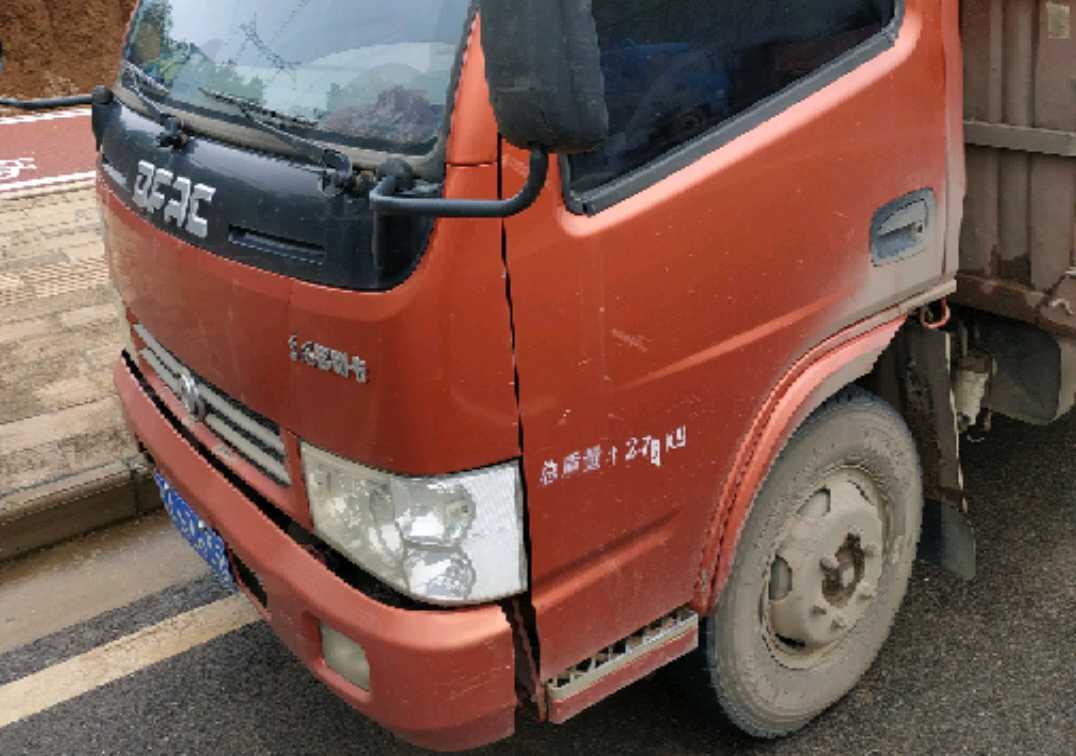 東風其他車系 載貨車  113匹 2014年11月 4x2