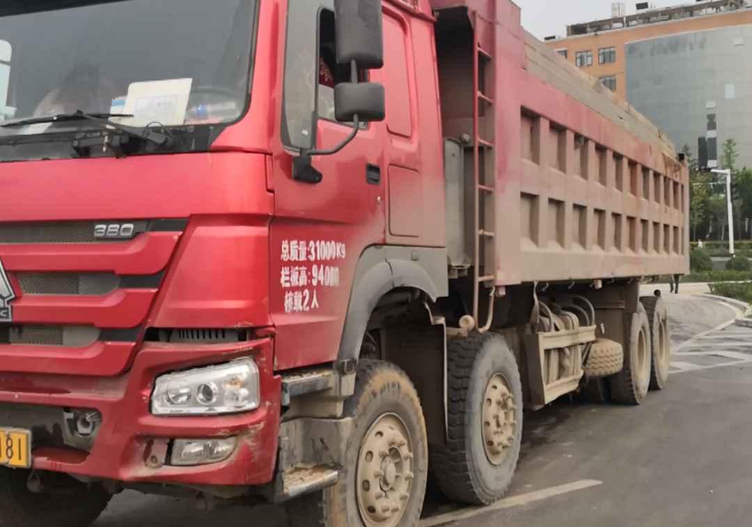 中國重汽HOWO 自卸車  380匹 2016年11月 8x4