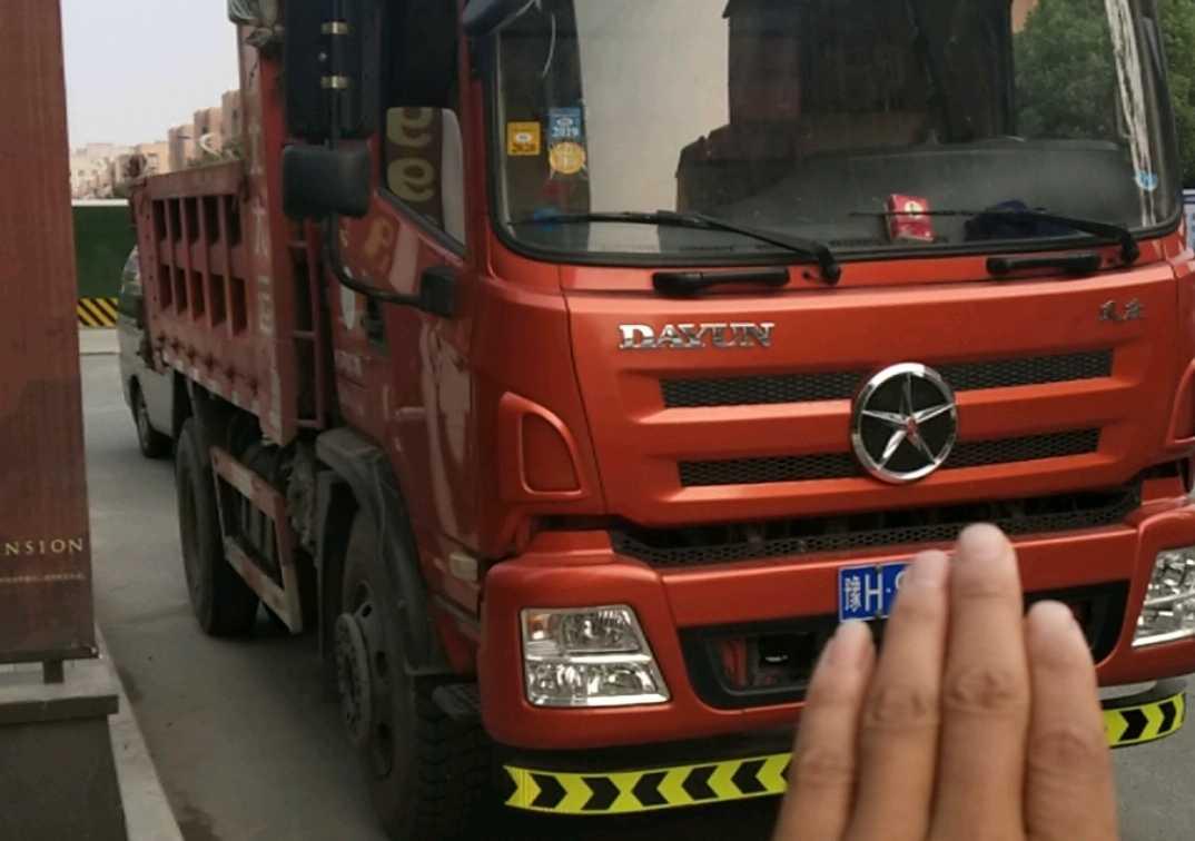 东风东风特商 自卸车  160匹 2017年09月 4x2