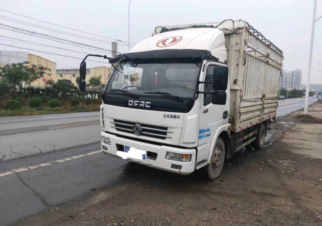 东风其他车系 载货车  135匹 2017年06月 4x2
