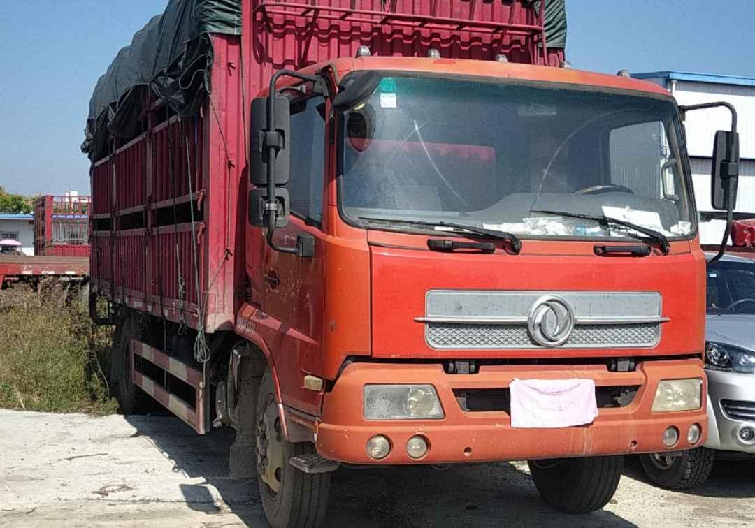 东风天锦 载货车  160匹 2013年12月 4x2