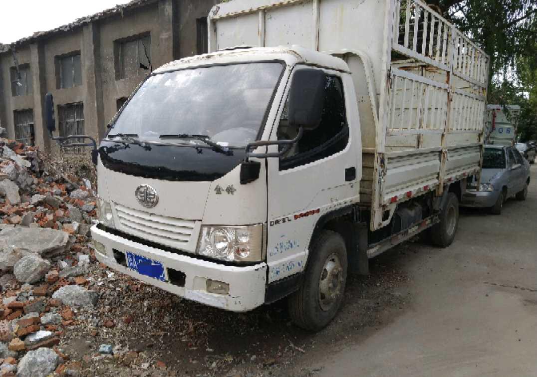 一汽解放其他車系 載貨車  126匹 2013年04月 4x2