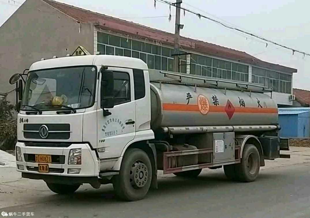 东风天锦 油罐车  190匹 2018年02月 4x2