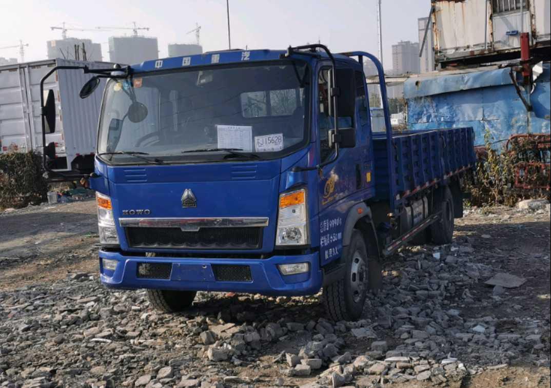 中國重汽HOWO 載貨車  170匹 2017年07月 4x2