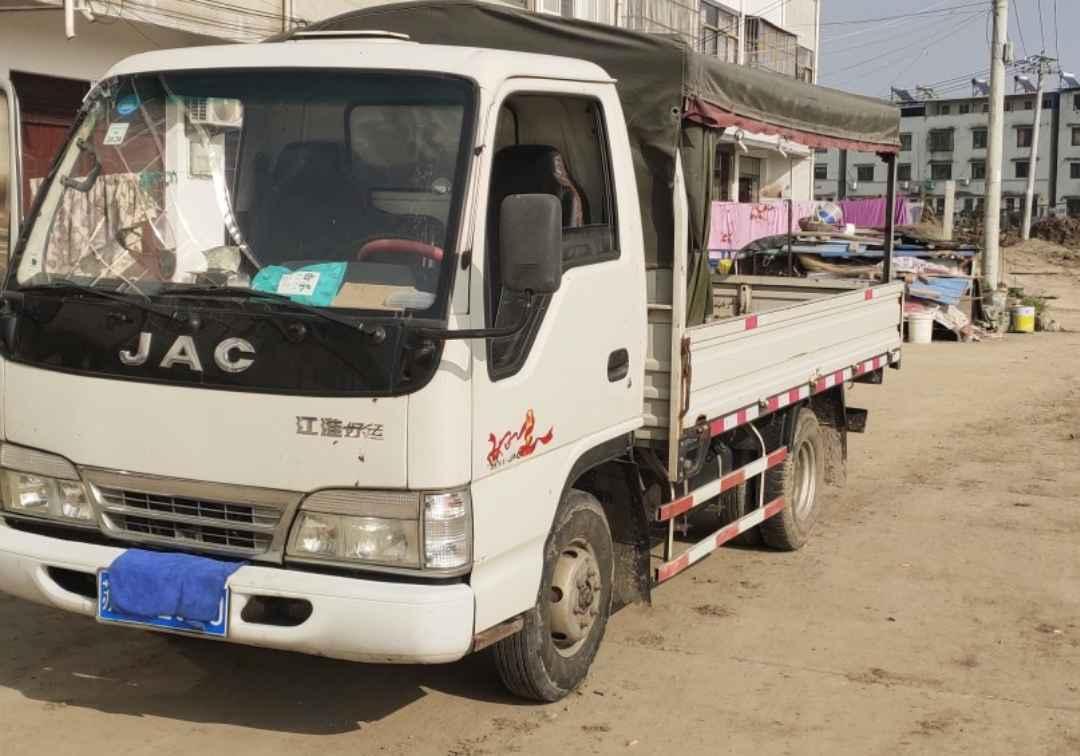 江淮其他车系 载货车  250匹 2014年05月 6x2