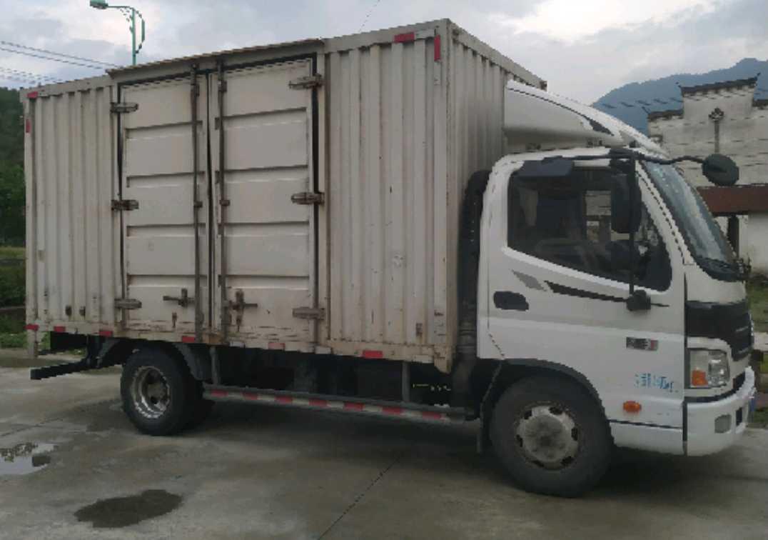 福田欧曼其他车系 载货车  130匹 2017年04月 4x2