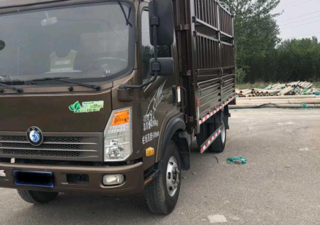 中國重汽王牌 載貨車  129匹 2017年05月 4x2
