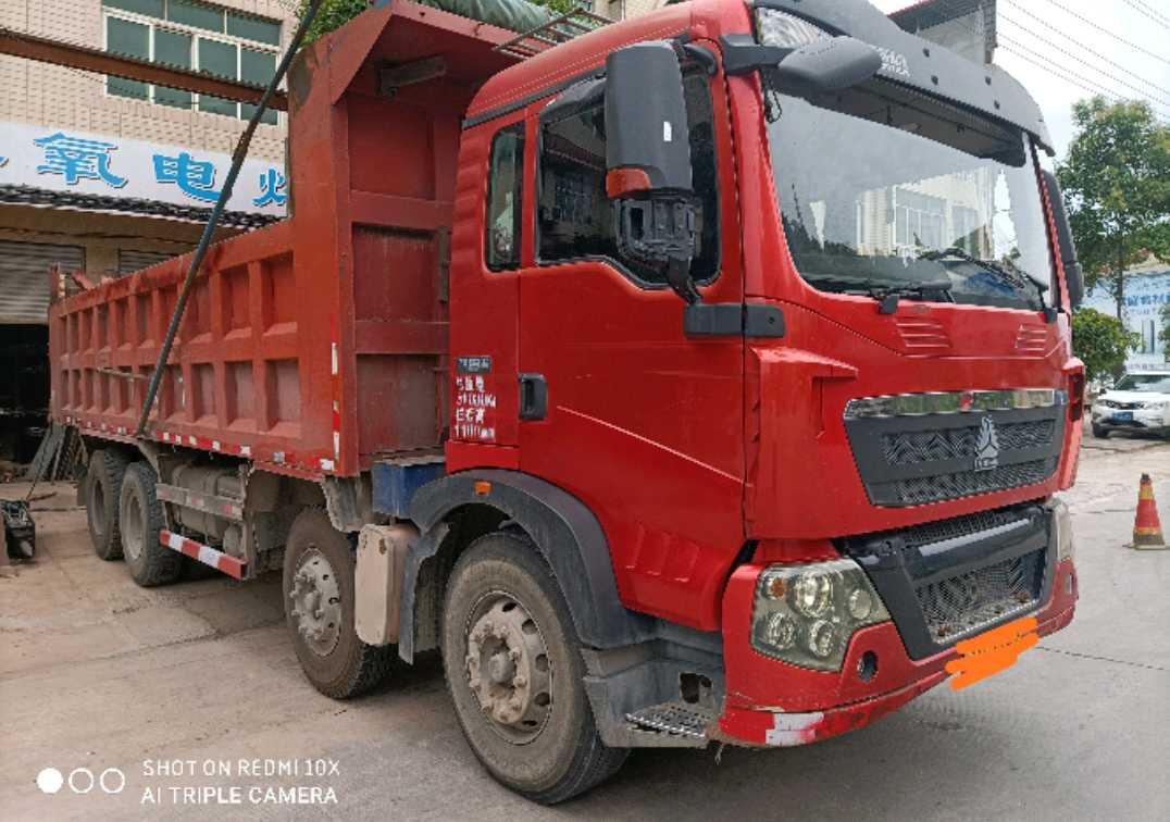 中国重汽HOWO T5G重卡 自卸车  340匹 2014年06月 8x4