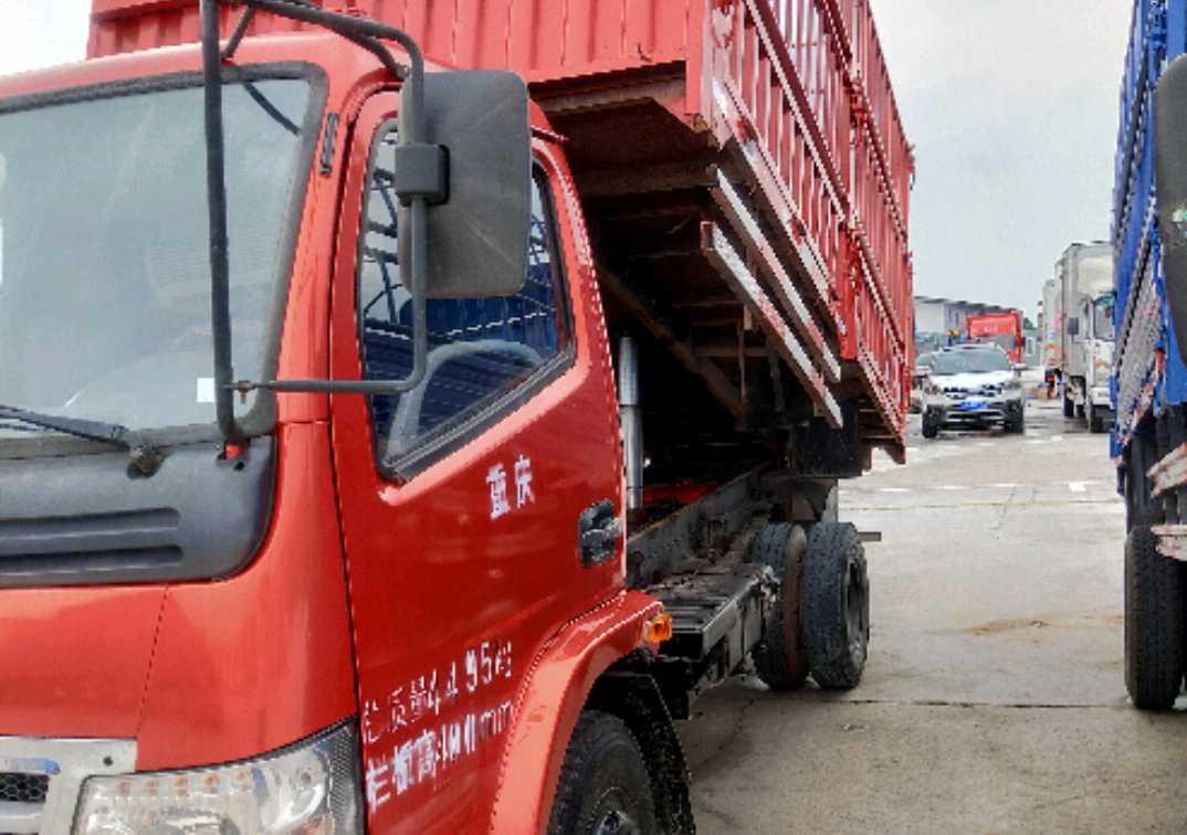 三环十通其他车系 载货车  130匹 2013年05月 4x2