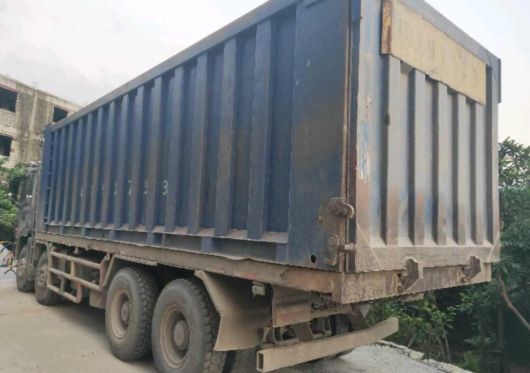 江淮格尔发K3W重卡 重载型 自卸车  375匹 2017年10月 8x4