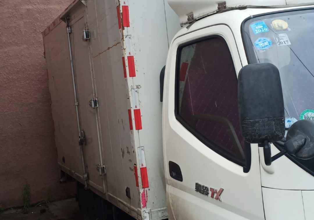 五十鈴其他車系 載貨車  132匹 2013年09月 4x2