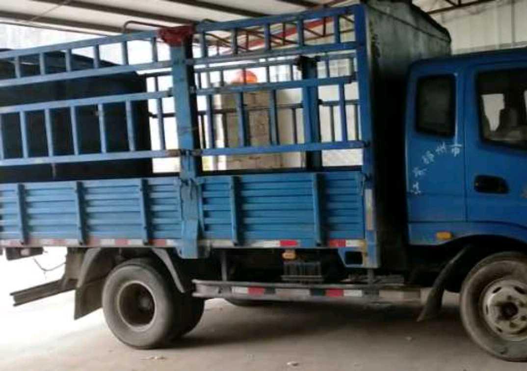 #其他品牌 载货车  100匹 2013年11月 4x2