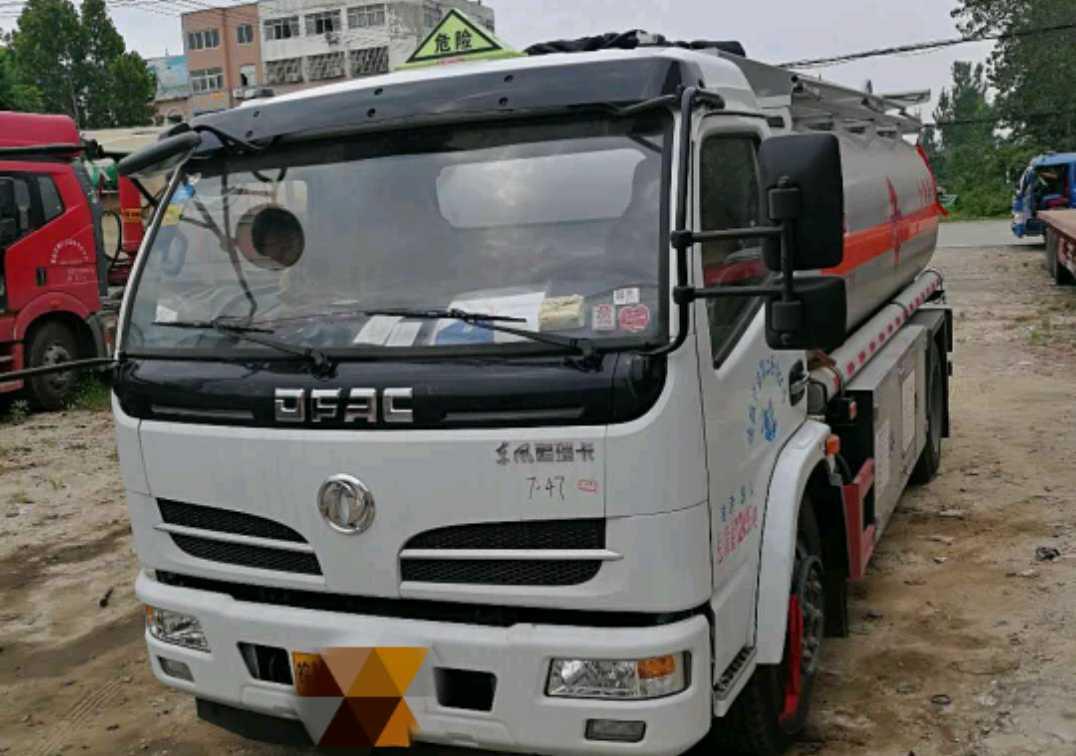 东风其他车系 油罐车  150匹 2019年07月 8x4
