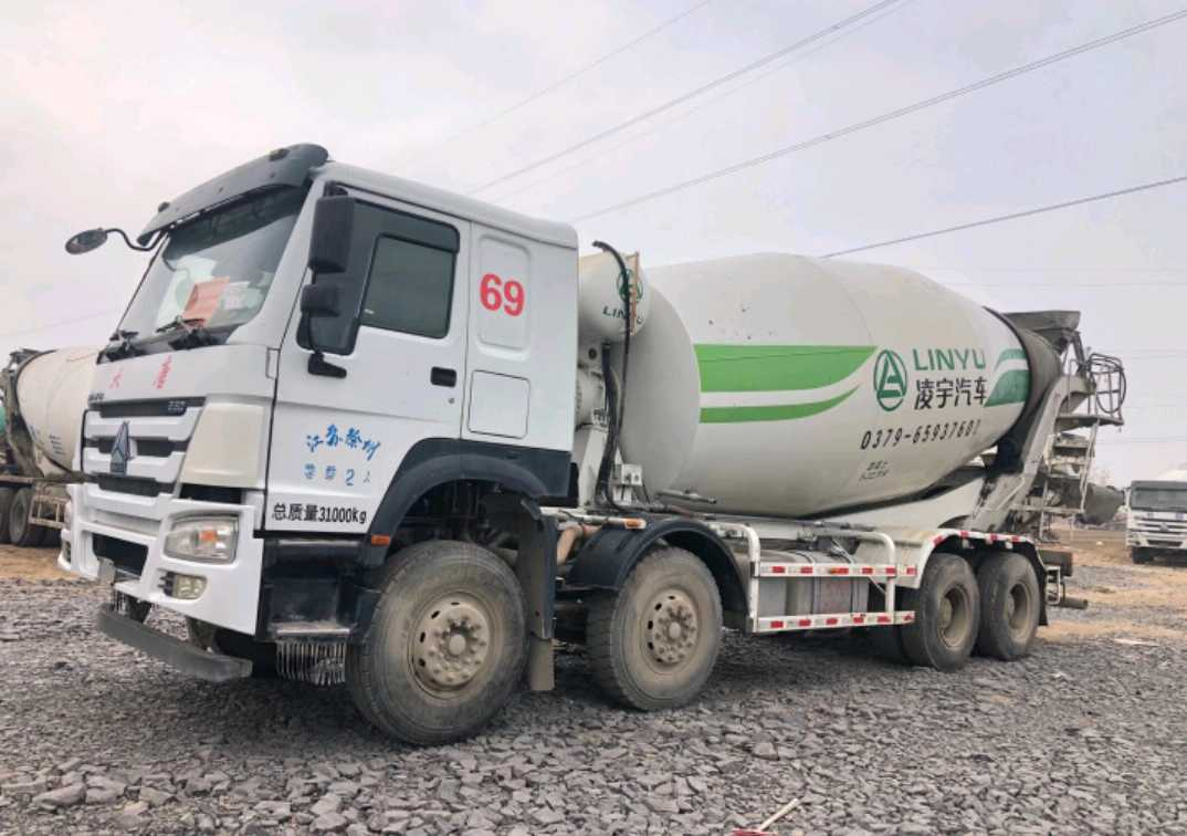 中國重汽HOWO 混凝土攪拌車  380匹 2017年11月 8x4