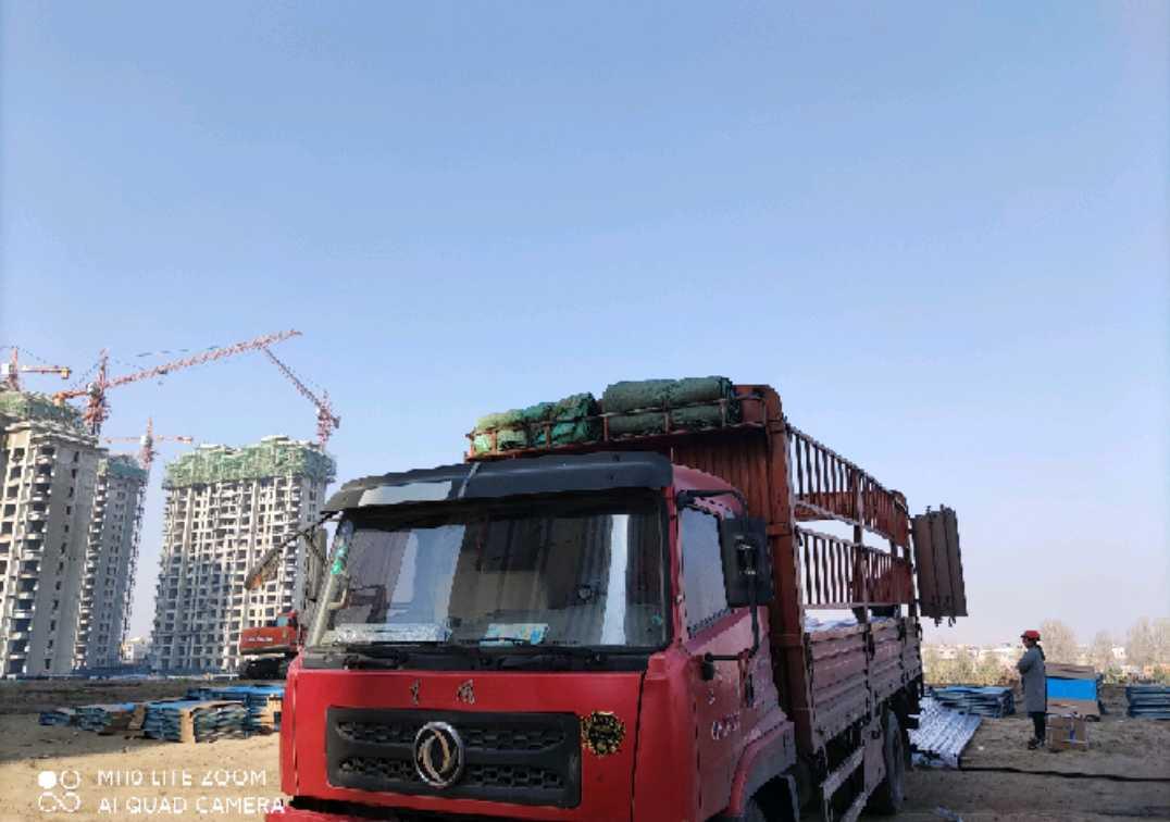 东风创普 载货车  170匹 2013年06月 4x2