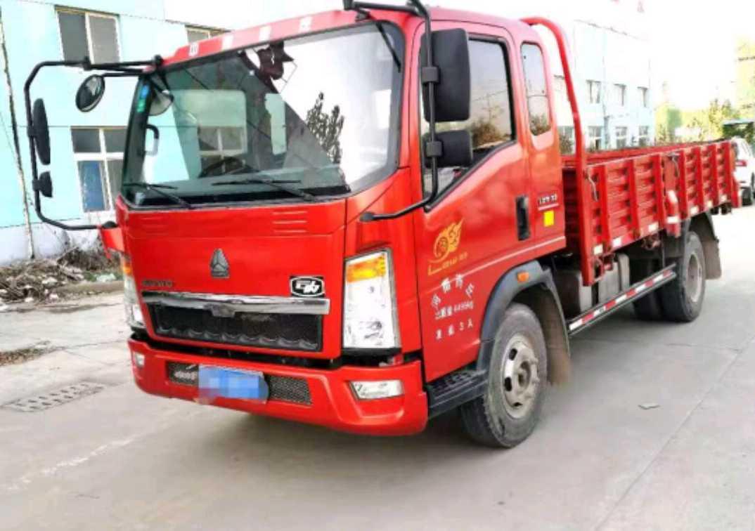 中國重汽HOWO 載貨車  140匹 2017年09月 6x6