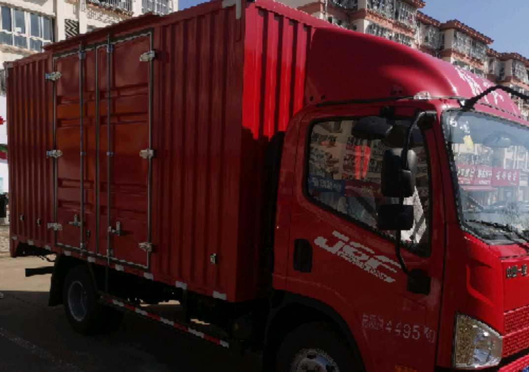 青岛解放其他车系 载货车  130匹 2021年02月 4x2