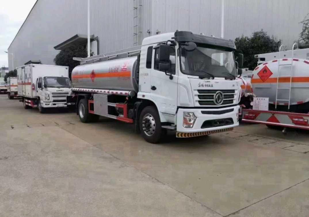 东风东风特商 油罐车  190匹 2021年04月 4x2