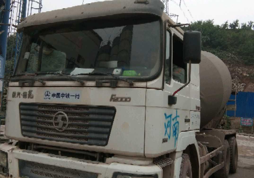 陕汽德龙F3000 混凝土搅拌车  336匹 2011年07月 8x2