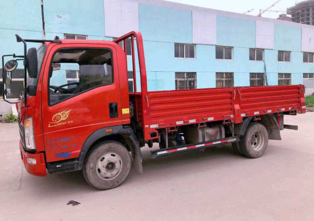 中国重汽HOWO 载货车  140匹 2020年01月 4x2
