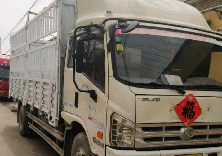 福田欧曼其他车系 载货车  154匹 2015年01月 6x2