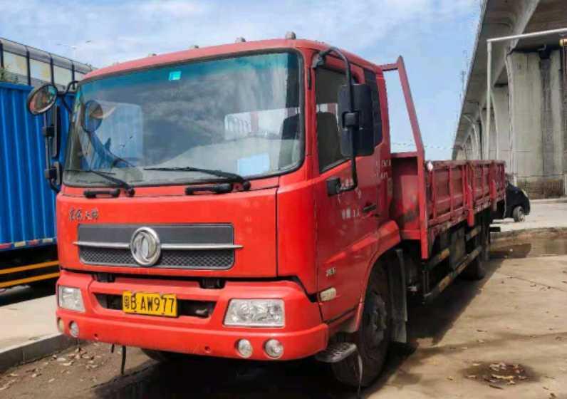 东风天锦 载货车  170匹 2015年05月 4x2