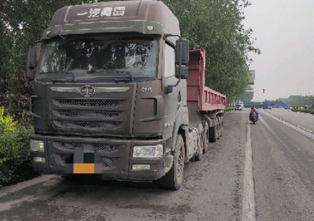 一汽解放J6P重卡 牵引车  430匹 2017年06月 4x2
