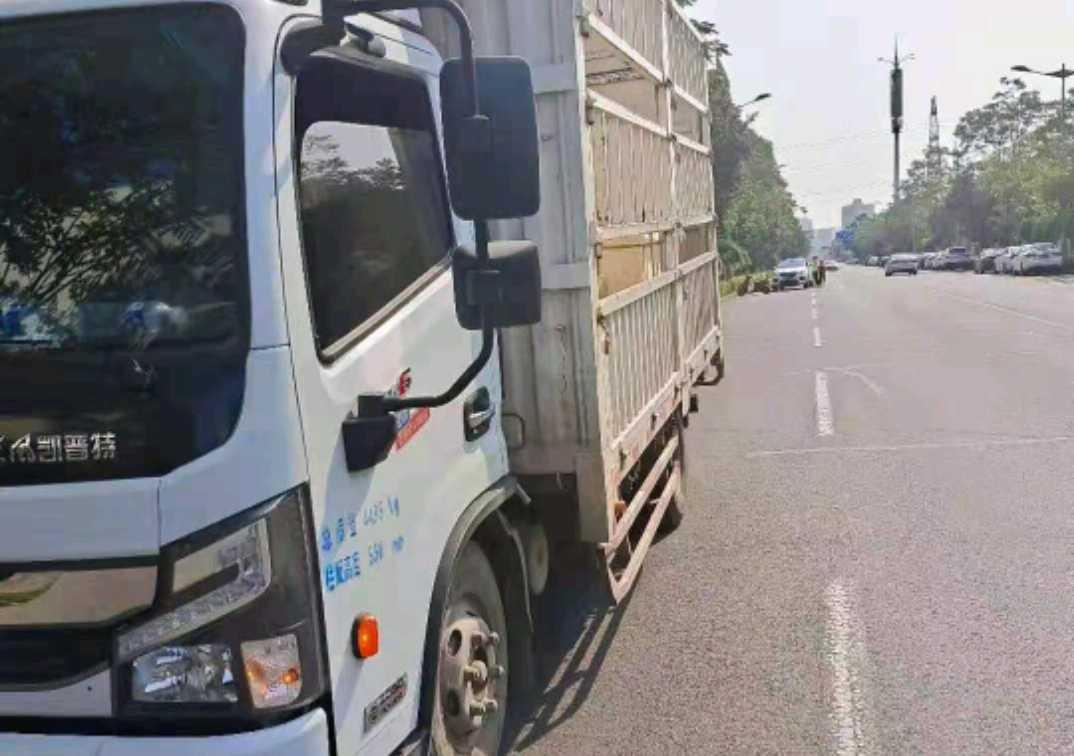 东风其他车系 载货车  150匹 2020年09月 4x2