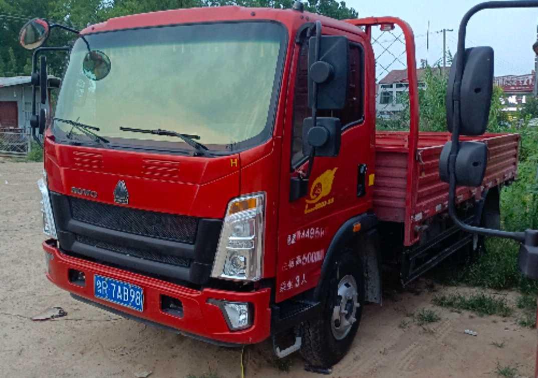 中国重汽HOWO 载货车  170匹 2019年11月 4x2