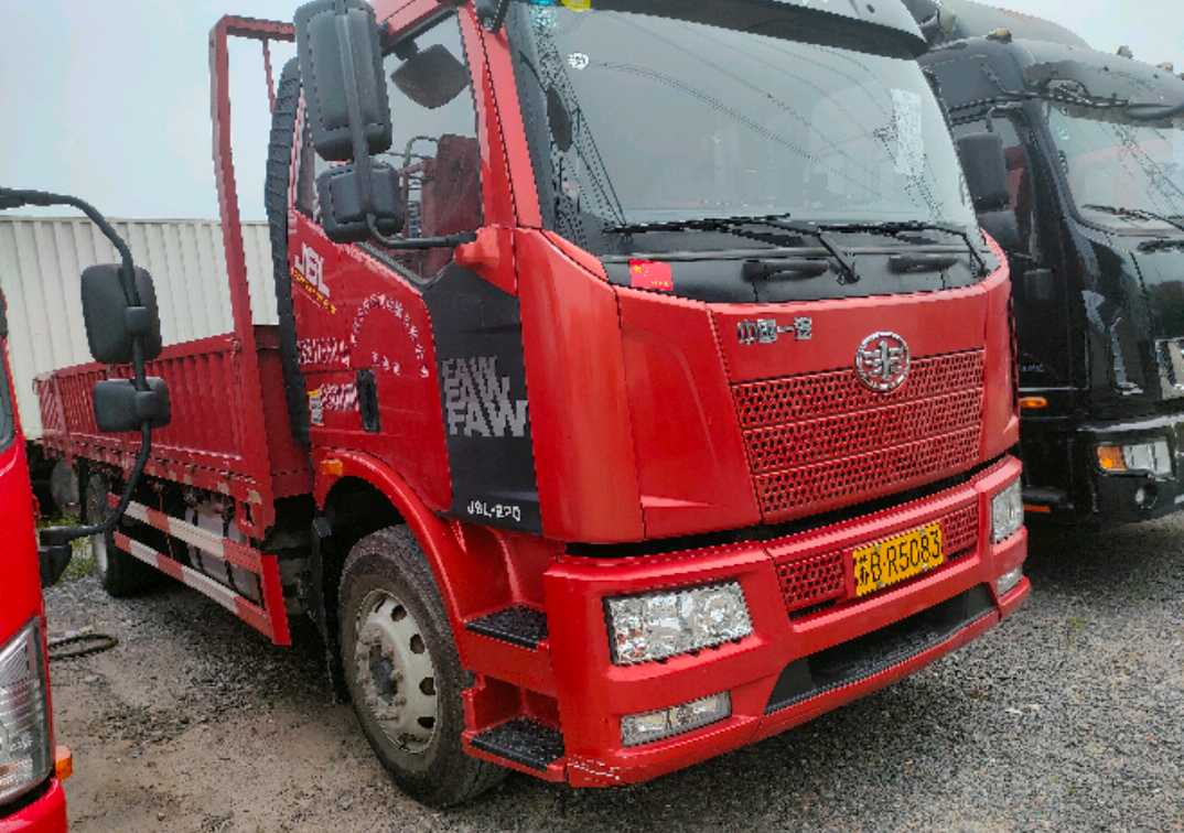 一汽解放J6L中卡 质惠版 载货车  220匹 2020年05月 4x2