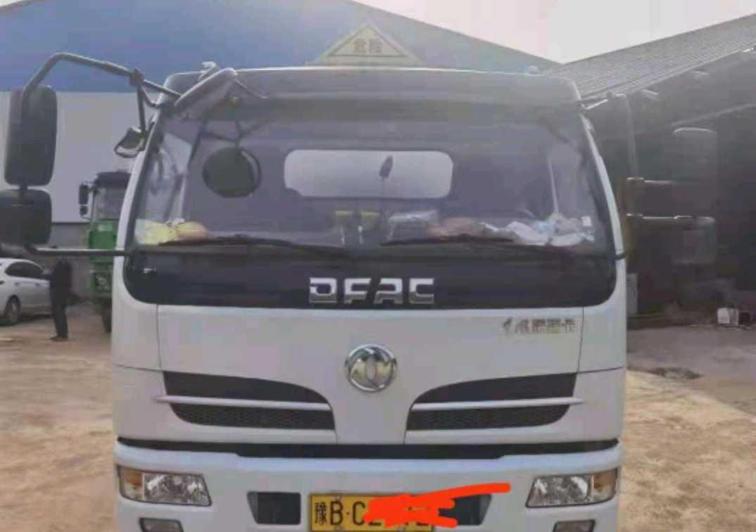 东风东风特商 油罐车  155匹 2020年08月 4x2