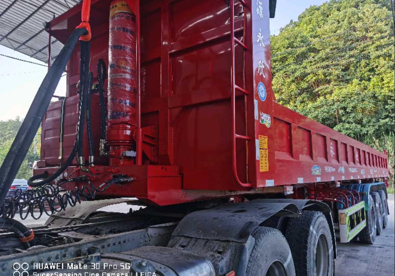 重汽豪沃HOWO T7H重卡 牵引车  440匹 2018年12月 8x4