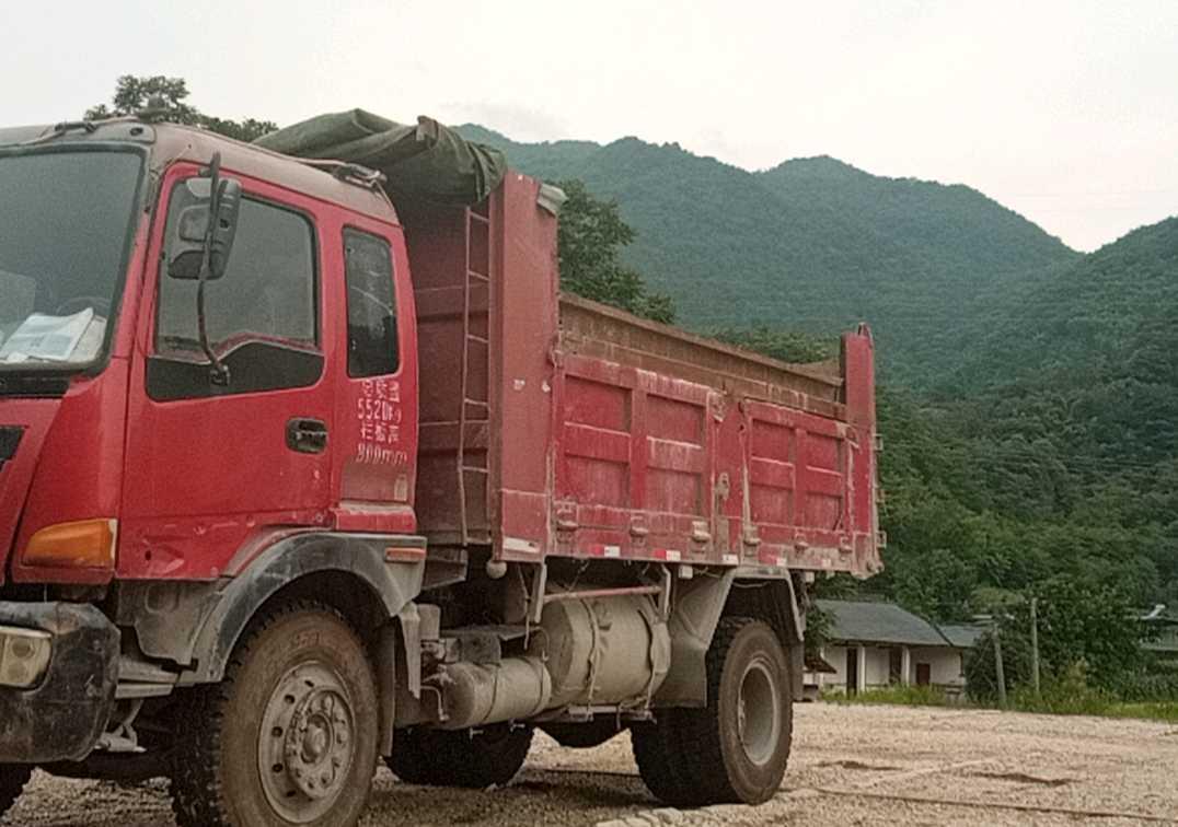 中国重汽王牌 自卸车  160匹 2013年04月 4x2