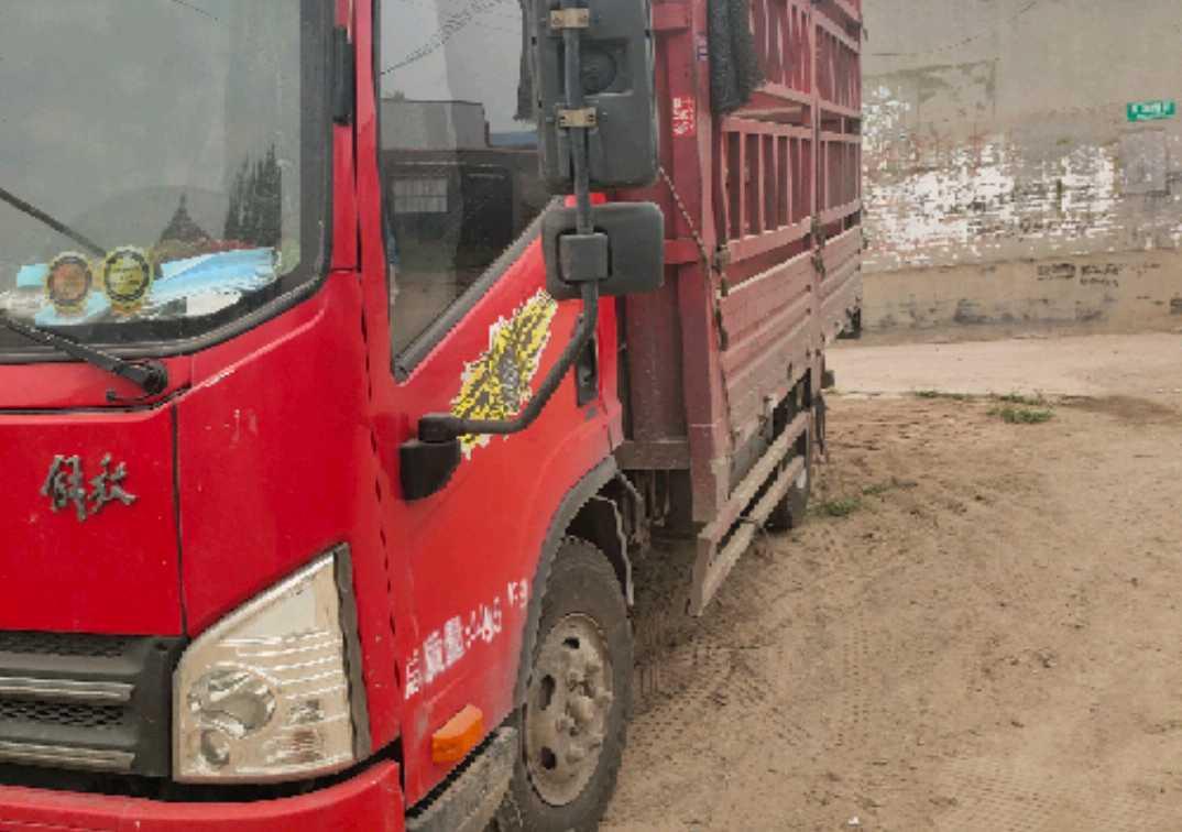 一汽解放J6L中卡 质慧版 载货车  140匹 2017年10月 4x2