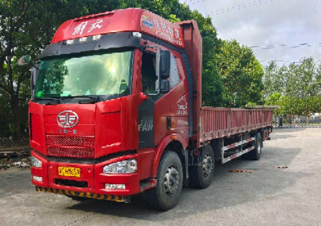 一汽解放J6M重卡 载货车  280匹 2018年05月 6x2