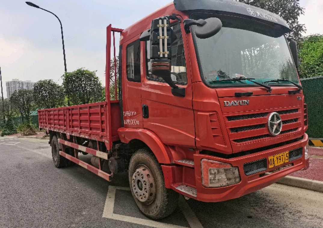 大运重卡征途 载货车  220匹 2019年05月 4x2