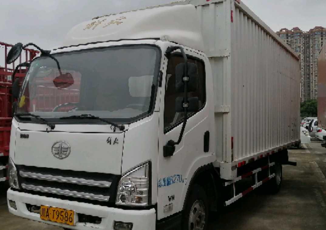 青岛解放赛虎Ⅲ 载货车  130匹 2016年10月 4x2