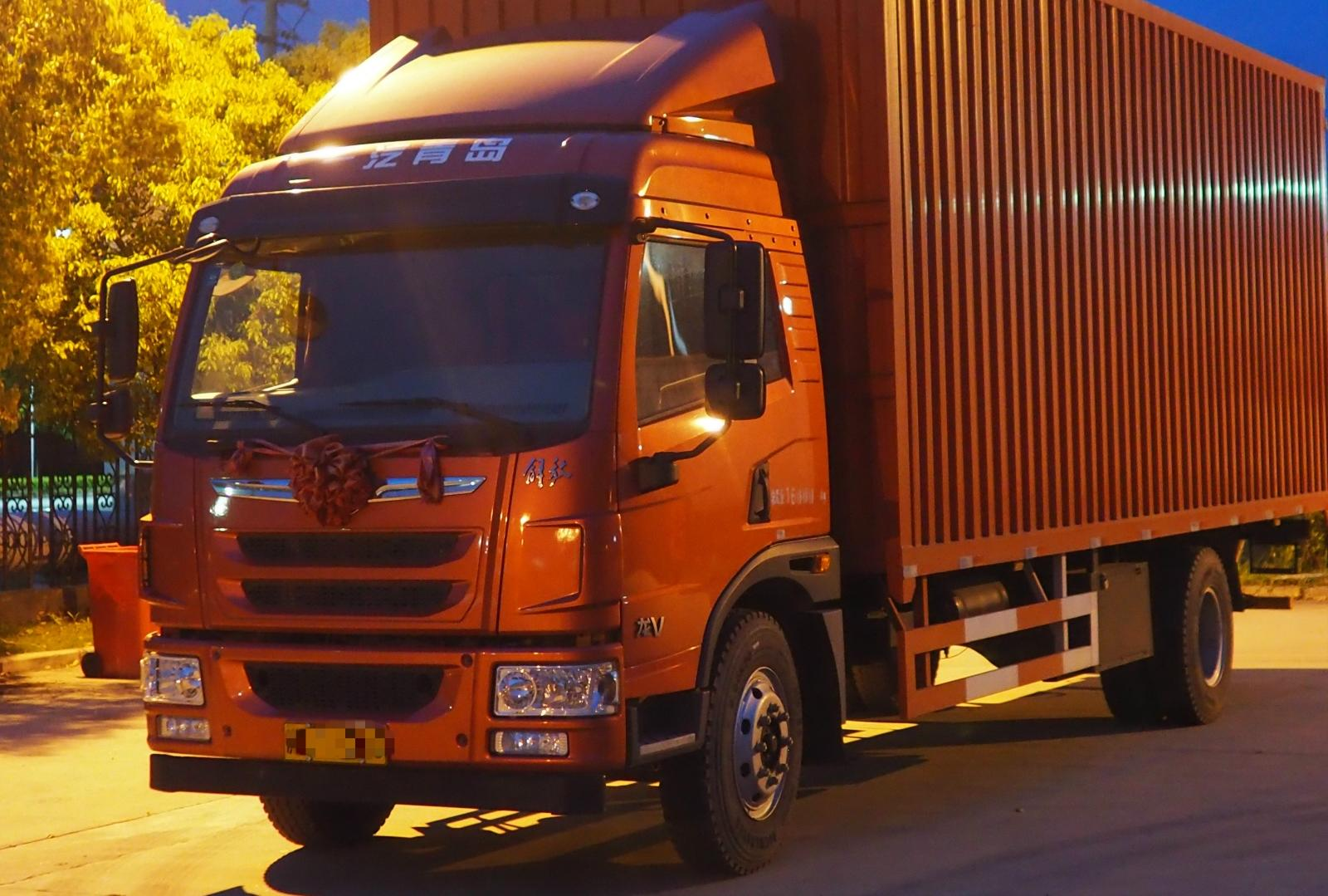 青島解放其他車系 載貨車  180匹 2018年09月 4x2